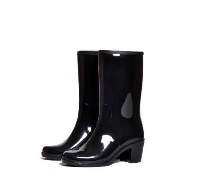 Женские сапоги Nordman Bellina укороченные с мехом на каблуке, черные